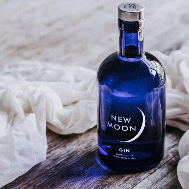 Bottle-plus-cloth-sq